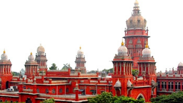 Madras High Court gives additional time to Dhinakaran in FERA Case