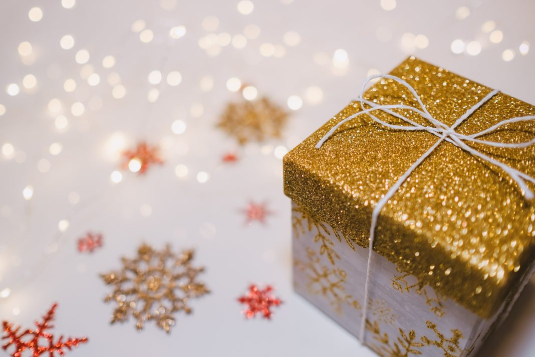 Gift Deed- What Can Be Gifted, Procedure For Registration, Format
