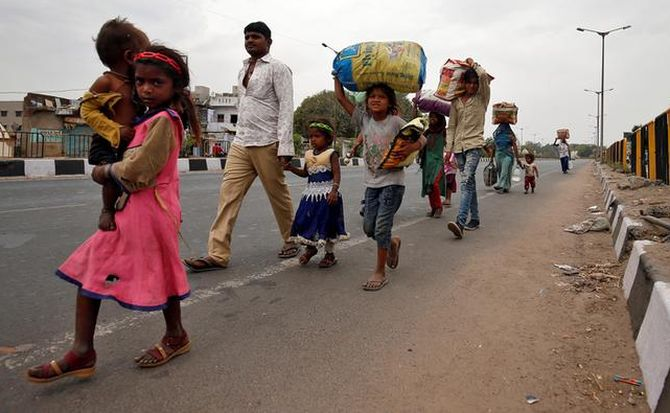 Migrant Workers With No Food, Transport, Shelter Amid Lockdown- SC To Hear Plea Today
